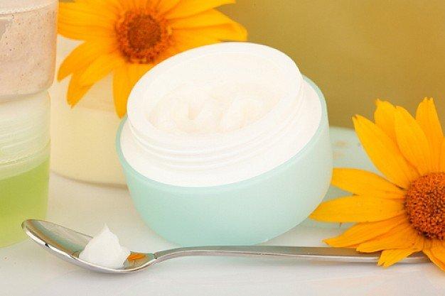 Крем гель для лица обладает восстанавливающими, питающими, увлажняющими и защищающими свойствами