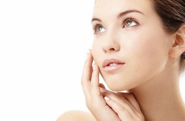Состав крема для молодой кожи лица должен содержать минимум веществ