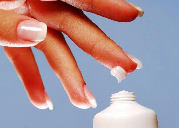 Правильно подобранный крем для рук сделает кожу бархатной и нежной