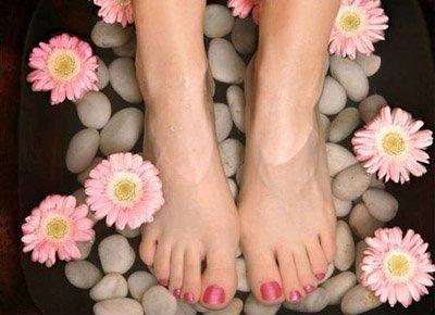 Охлаждающий крем для ног поможет устранить отечность ногах при беременности