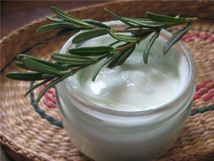 Приготовить натуральный крем можно в домашних условиях