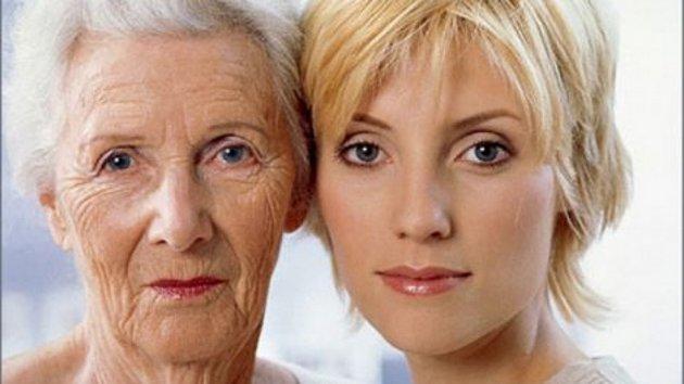 Крем для восстановления кожи лица может не только регенерировать кожный покров, но и омолодить его