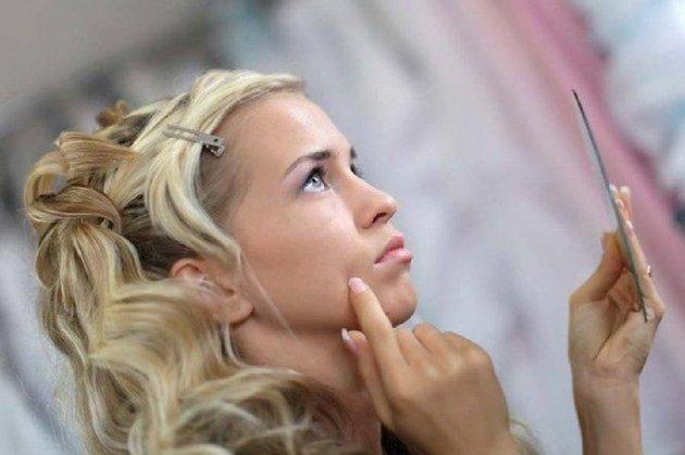 Прыщи на лице у подростков - частое явление