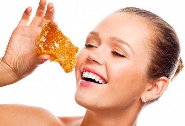 Мед - натуральный компонент в кремах для лица