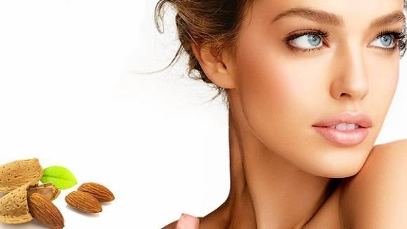 Натуральные компоненты в креме придадут сияние коже лица
