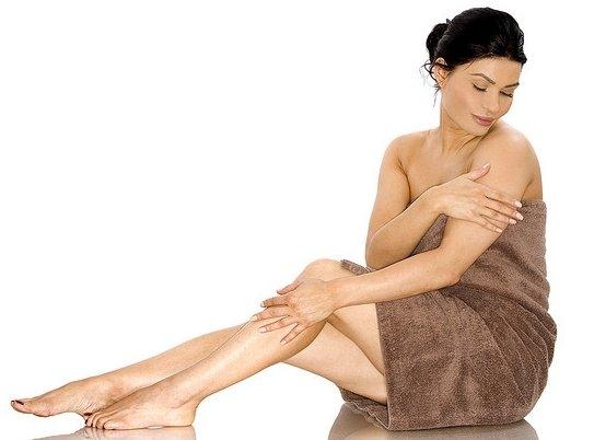 восстанавливающий крем для тела увлажняет и питает кожу