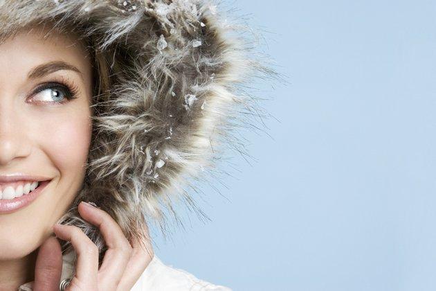 Крем от холода для лица нужно наносить за полчаса до выхода на улицу