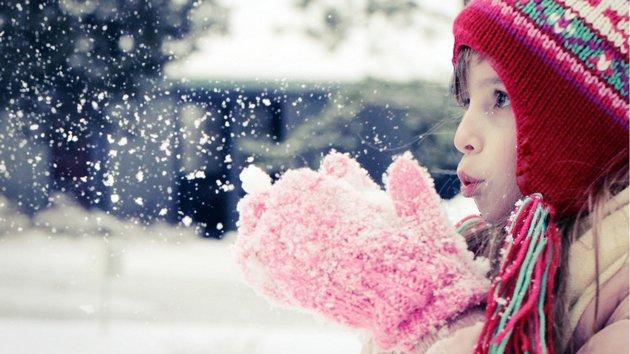 детский крем защитит нежную кожу зимой во время прогулок