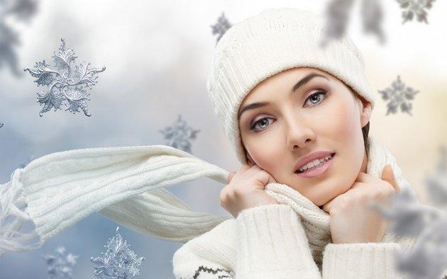 Зимний крем для сухой кожи избавит от стянутости и шелушения