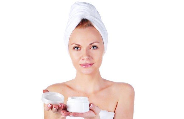 Ночной крем нужно наносить после очищения кожи лица