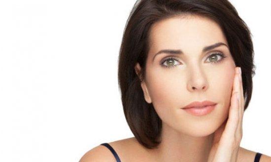 Подтягивающий крем нужно использовать тогда, когда кожа начала терять эластичность