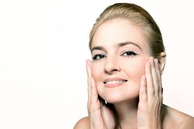 Крем с гиалуроновой кислотой для лица вернет молодость кожи
