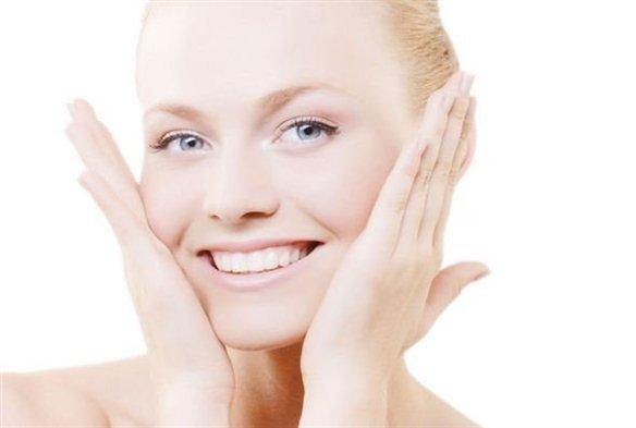 профессиональные кремы для лица делают кожу гладкой и бархатистой