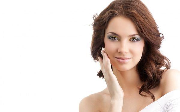 профессиональный крем для лица решает множество проблем на коже