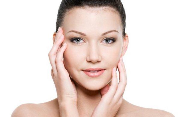 тонизирующий крем освежает кожу лица