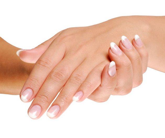 Крем от потливости обеспечит уход за кожей рук