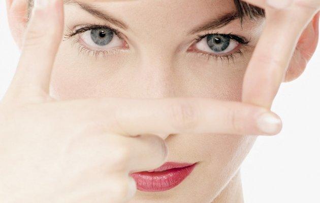 Крем вокруг глаз после 30 сохранит свежесть кожи и яркость взгляда