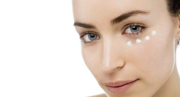 крем вокруг глаз после 30 должен соответствовать особенностям кожи