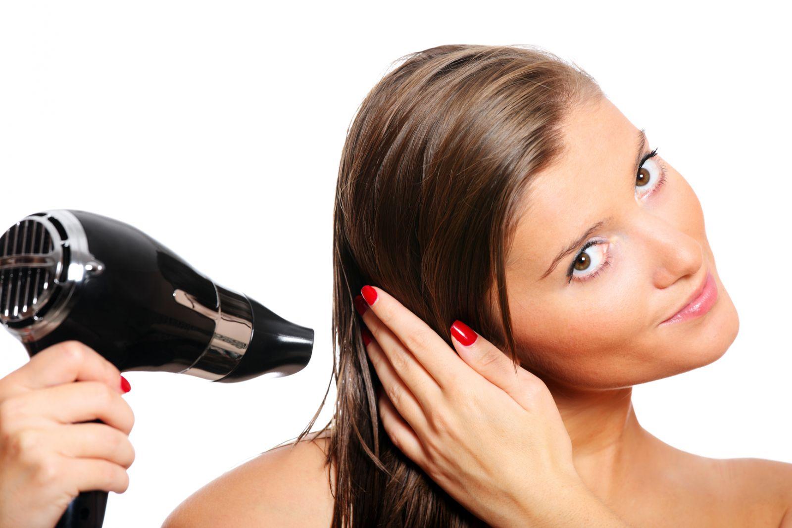 Фен с ионизатором не сушит волосы