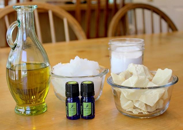 Ингредиенты для увлажняющего крема в домашних условиях