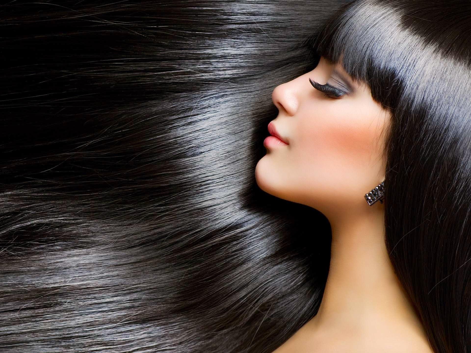 Крем поможет разгладить волосы