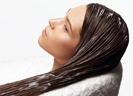 Несмываемый крем для волос наносится по всей длине