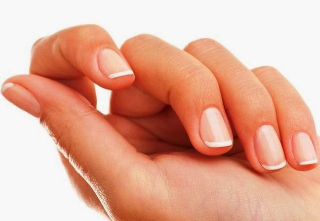 крем для кожи рук уменьшит ломкость ногтей