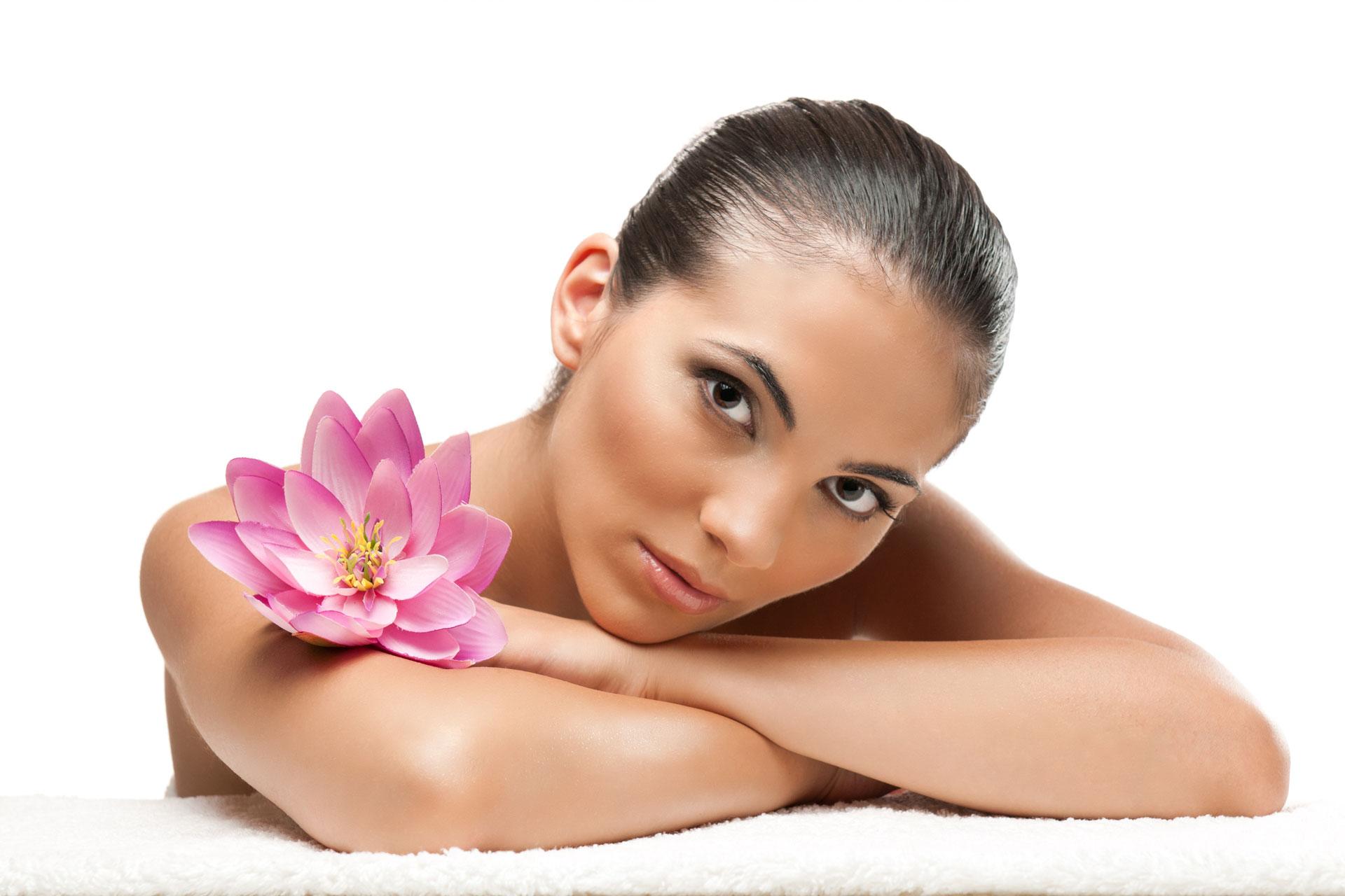 крем для лица с мочевиной увлажняет кожу