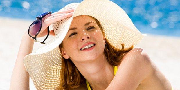 Важно правильно наносить солнцезащитный крем для лица