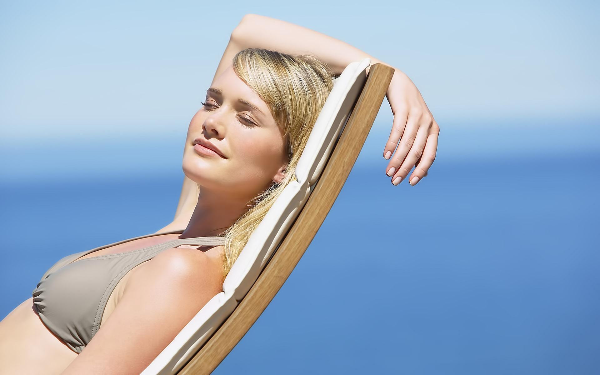 Антивозрастной солнцезащитный крем должен содержать ухаживающие компоненты