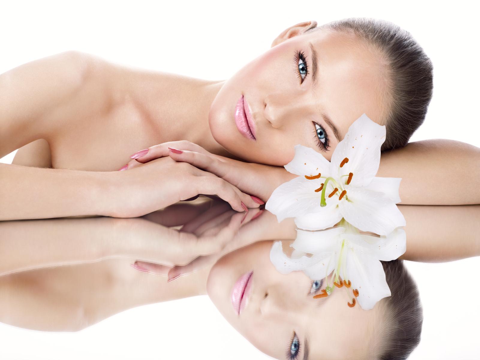 Используйте кремы для лица чтобы сохранить молодость кожи.jpg