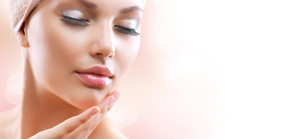 Гликолевый пилинг помогает сохранить красоту и молодость кожи