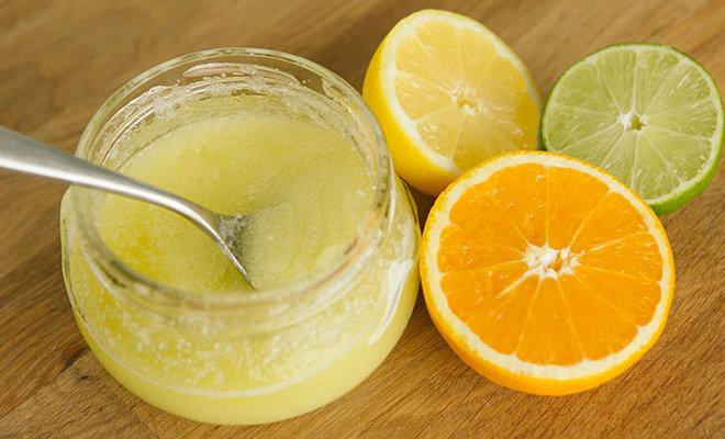 Мягкий скраб с сахаром и медом