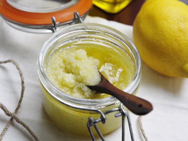 Лимонный пилинг для губ
